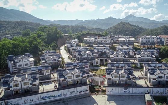 组图 | 五指山南圣镇新春村 生态搬迁后的幸福生活